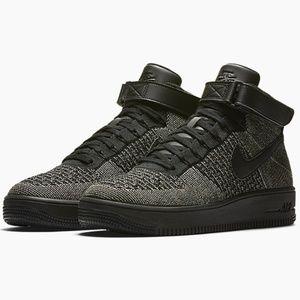 buy popular 3bba1 fb542 Nike • Green Black Air Force 1 Ultra Flyknit Mid